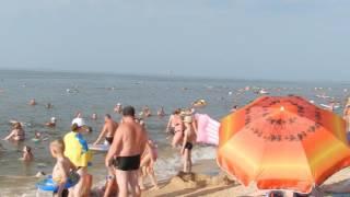 Голубицкая Азовское море 2016 Отдых с детьми(Количество детей зашкаливает., 2016-07-18T15:48:39.000Z)