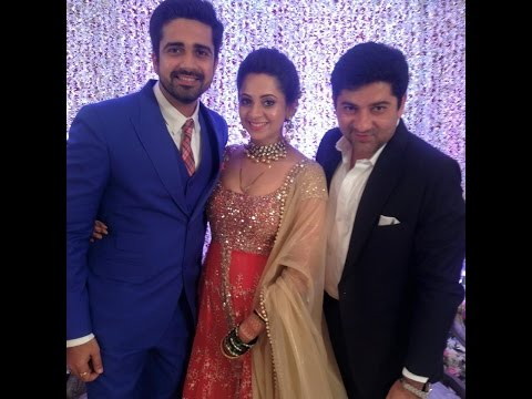 """Avinash Sachdev And Shalmalee Desai"" family photos"