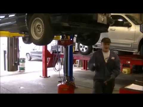 MECHANICS AT WORK! MUST WATCH!