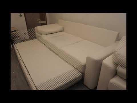 Комплект мягкой мебели диван и кресло белого цвета