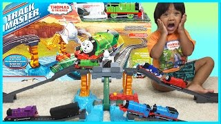 Download THOMAS AND FRIENDS TRACKMASTER  Harnold's High Flying Rescue Set Mp3 and Videos
