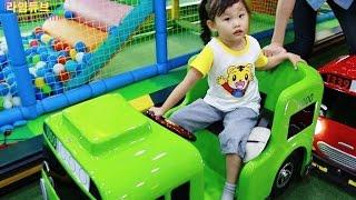 타요 키즈 카페에서 놀기 3편 뽀로로 tayo bus car kids cafe toys play おもちゃ 라임튜브 игрушки