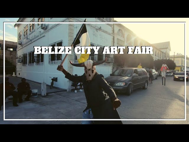 BELIZE CITY LOCAL STREET ART FAIR - Hanging out with the locals