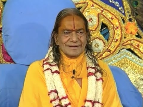 Why Krishna Appears in our World - Janmashtami Lecture by Kripaluji Maharaj [Subtitled]
