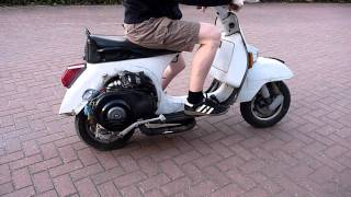 Vespa PX 80 mit Pipe Design Charger