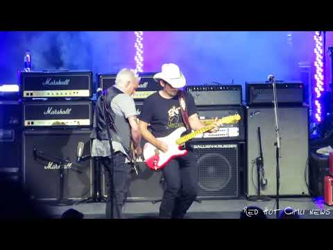 Josh Klinghoffer singing Purple Rain - Greek Theater, LA 06-10-2018