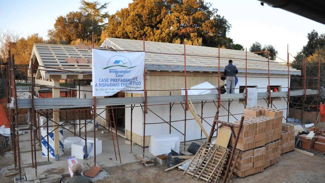 Costruzione di una casa prefabbricata in legno youtube for Costo di costruzione casa