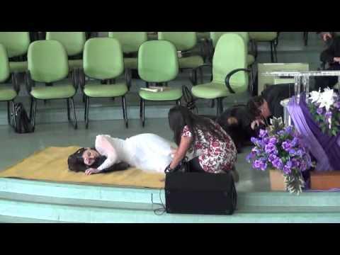 "peça teatral ""Igreja adormecida"""