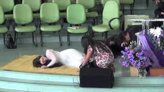 peça teatral 'Igreja adormecida'