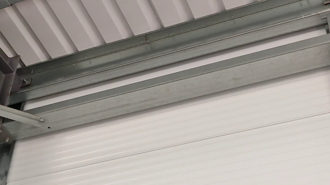 Download roof banging