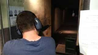 Shooting my AR-15 with EOTech holographic weapon sight. KAC SR-15