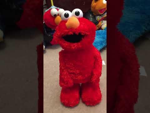 Sesame Street Extreme Tickle Me TMX Elmo By Fisher Price 2005