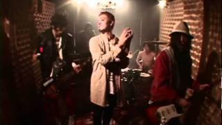 """ドカドカうるさくて切なくてセクシーな五人組ロックバンド FRUITS EXPLOSION「Thanx」MUSIC VIDEO。 fifth A side single """"Love is stronger than the truth"""" 2011.03.02 ..."""