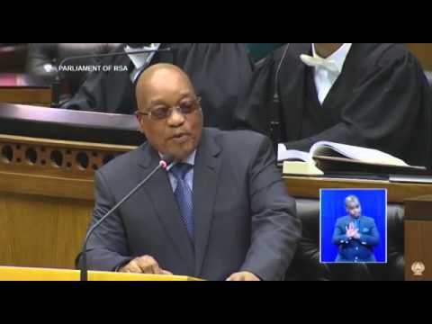 Watch President Jacob Zuma dodge Mmusi Maimane
