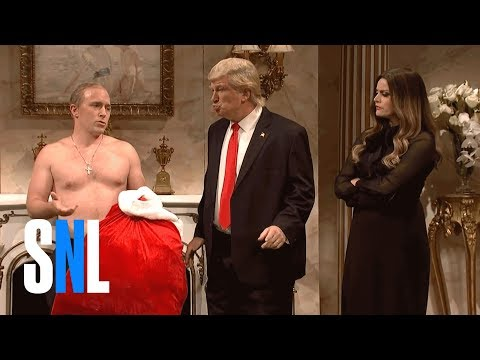 Donald Trump Christmas Cold Open - SNL