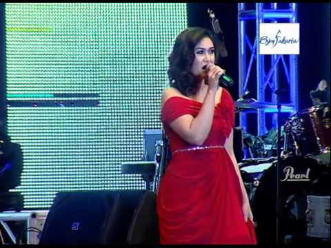 NAFA URBACH  Jakarta Music Festival 2014
