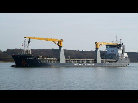 BEAUTRITON - General cargo vessel arriving at port of ipswich 30/1/18
