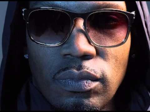 Juicy J Feat. Chris Brown & Wiz Khalifa - Talkin' About (new song)