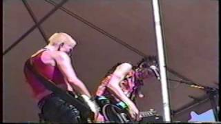 Joan Jett - I Wanna Be Your Dog (1999) Palmdale, CA