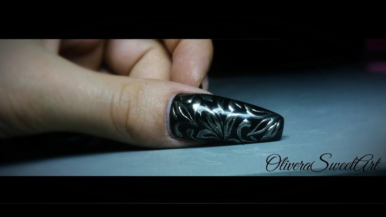 Nail art tutorial - Design with chrome mirror powder ...