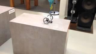 Preview of the Parrot Jumping Sumo and his skills