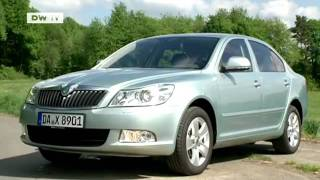 compare it!  Renault Fluence vs. Skoda Octavia | drive it!