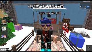 Oops accidentally recorded myself playing murder mystery 2 on roblox!!!!!!!!