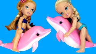 Swimming with DOLPHINS ! Elsa & Anna toddlers go Scuba Diving with Barbie - Splash - Water Fun