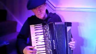 La Cumparsita.  Uruguayan Tango, Hohner Organola Piano Accordion