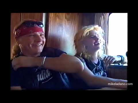DUFF & MATT from GUNS N' ROSES backstage in Toronto – with an AXL ROSE cameo (1991)