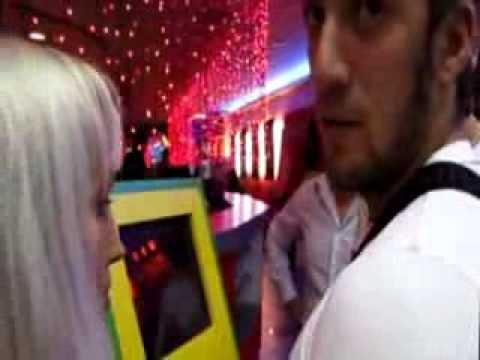 Угрозы журналистам во время изъятия игровых автоматов