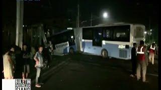 KA Senja Utama Solo tabrak mobil dan bus Transjakarta di perlintasan Gunung Sahari  - BIS 19/05