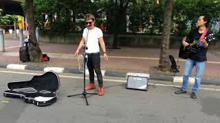 Video Viral!!!  Pengamen Bersuara Emas  [Bonjovi Dari Indonesia) download MP3, 3GP, MP4, WEBM, AVI, FLV Agustus 2018