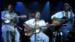 Baixar Milton Nascimento e Pena Branca & Xavantinho (TV Globo, 1987)
