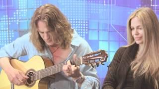 Abri van Straten sings to Kristin Bauer from True Blood