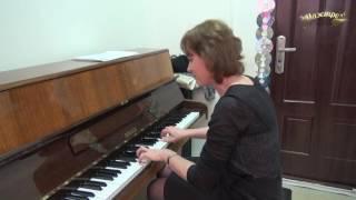 Уроки фортепиано и синтезатора  в музыкальной школе Маэстро