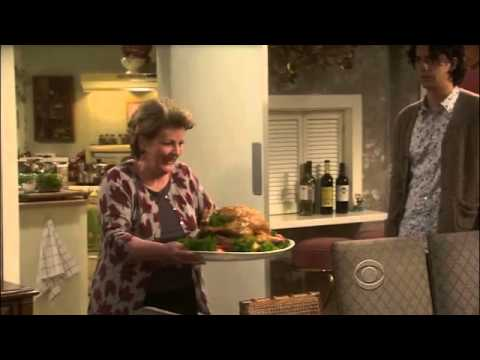 Download New Adventures Of Old Christine - Thanksgiving