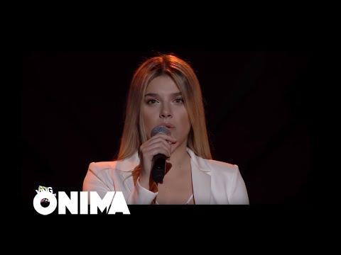 Смотреть клип Arilena Ara - Zemër