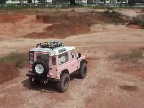 sgcrawlers pink scx10 land rover defender d90 scale rc. Black Bedroom Furniture Sets. Home Design Ideas