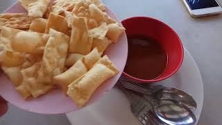 Китайская еда, очень вкусно, но трудности перевода мешают очень. Джорджтаун. Пенанг. Малайзия.