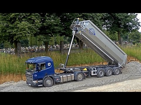 Scania P450 unload trailer