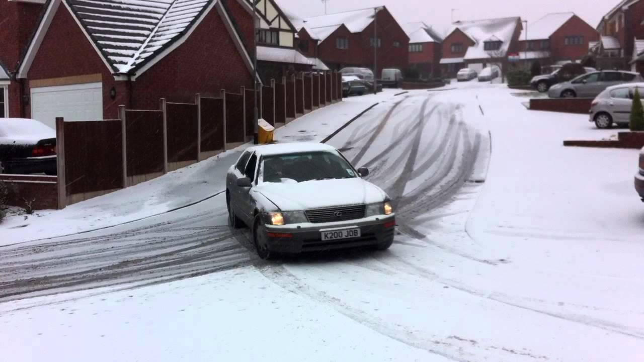 hight resolution of lexus ls400 snowy oversteer