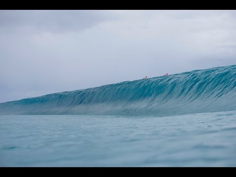 Billabong Pro Tahiti – Webisode 2 A Powerful Wall of Water