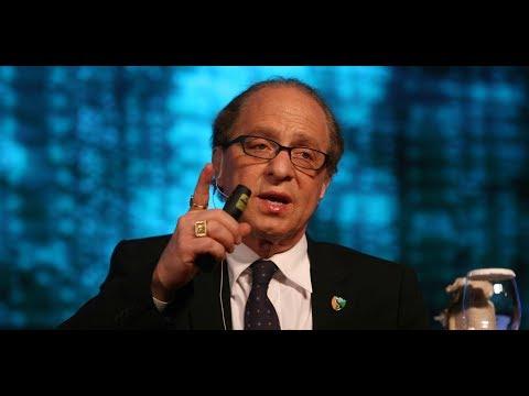 Age Reversal Escape Velocity in 10 Years:  Ray Kurzweil & Peter Diamandis