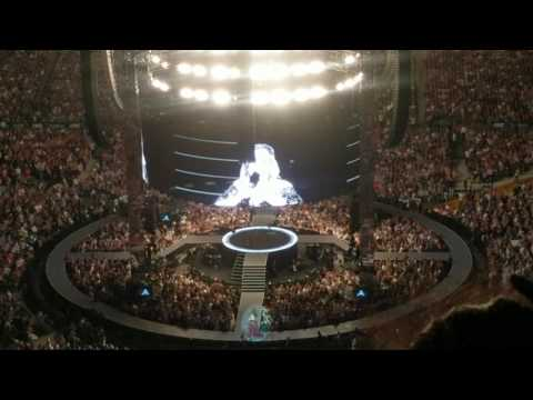 Adele Australia tour- Sydney stop shooting out gifts to the crowd performing Sweetest devotion