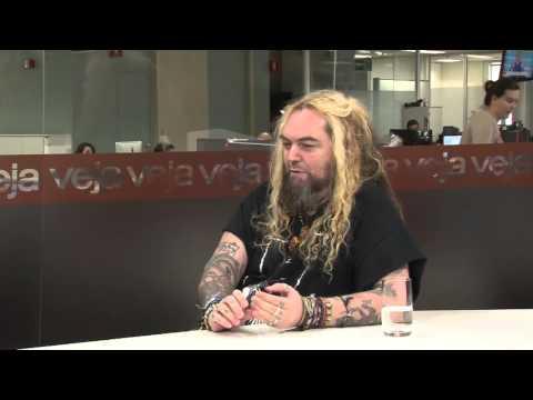 O heavy metal evolucionista de Max Cavalera