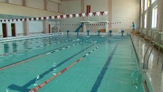Как плавание влияет на организм человека / Утренний эфир