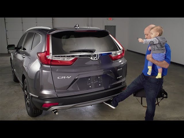 2018 Honda CR-V Tips & Tricks: How to Use the Hands-Free Liftgate