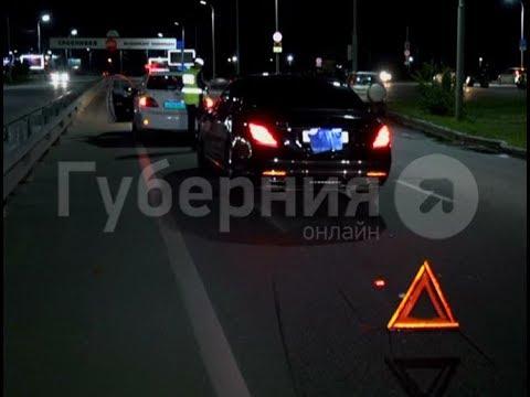 Мотоциклистка пострадала в ДТП у хабаровской арены «Ерофей». Mestoprotv