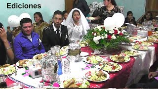 Los recién casados y su banquete #9 que felicidad – Ediciones Mendoza